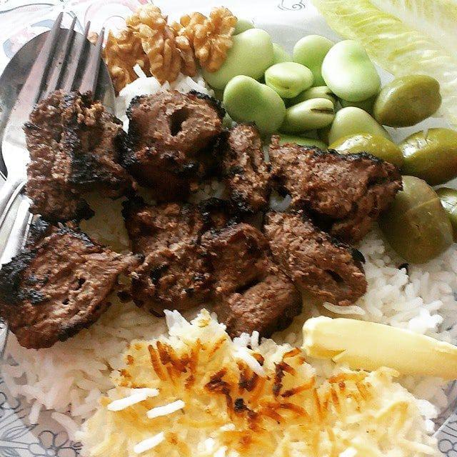 آداب پلوکباب خوردن در گیلان! + تصاویر خفن و خوشمزه