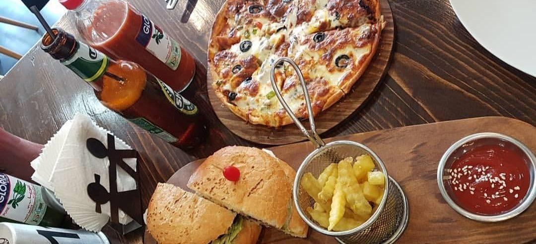 نیم نگاهی به کافه رستوران ژیکان لاهیجان