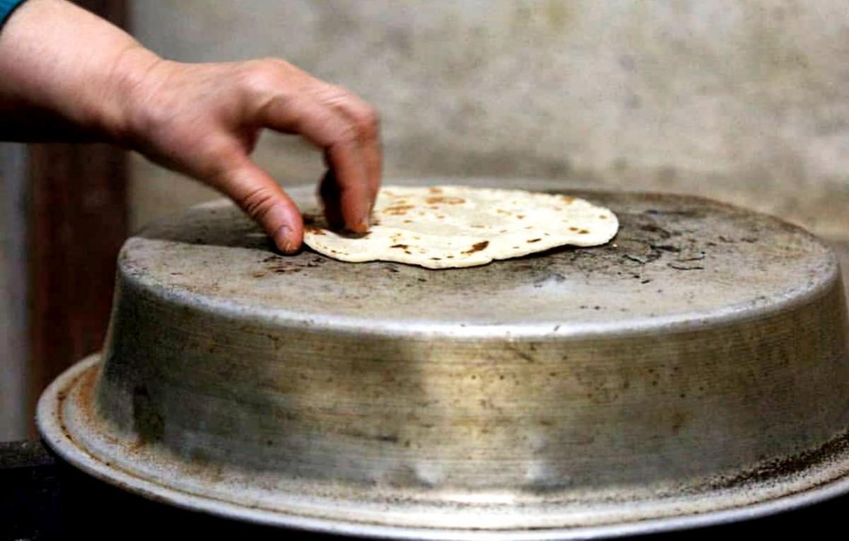 نان لاکو یا کشتا یا تمیجان خوشمزه گیلانی+فیلم